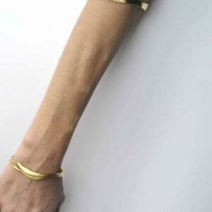 Skin-textured bracelet in sterling silver