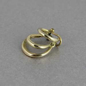 18k gold clip earring to wear on the top of the ear