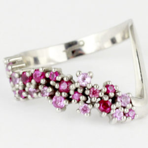 18K white gold ring with pink Sapphires and Rubies